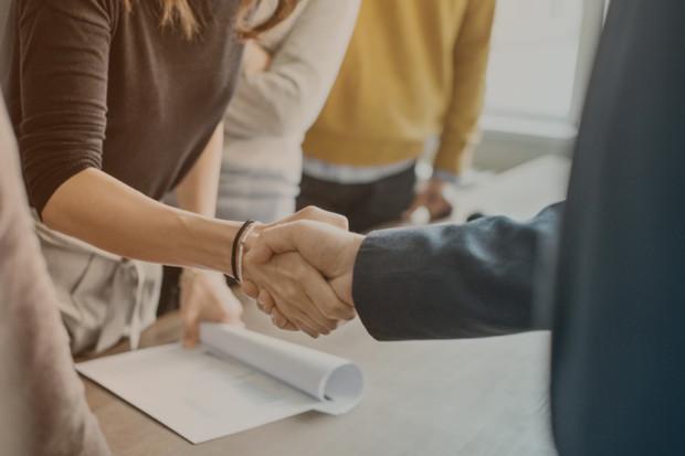 Erfolgreicher Gesprächsabschlus im Jobcenter Kreis Viersen